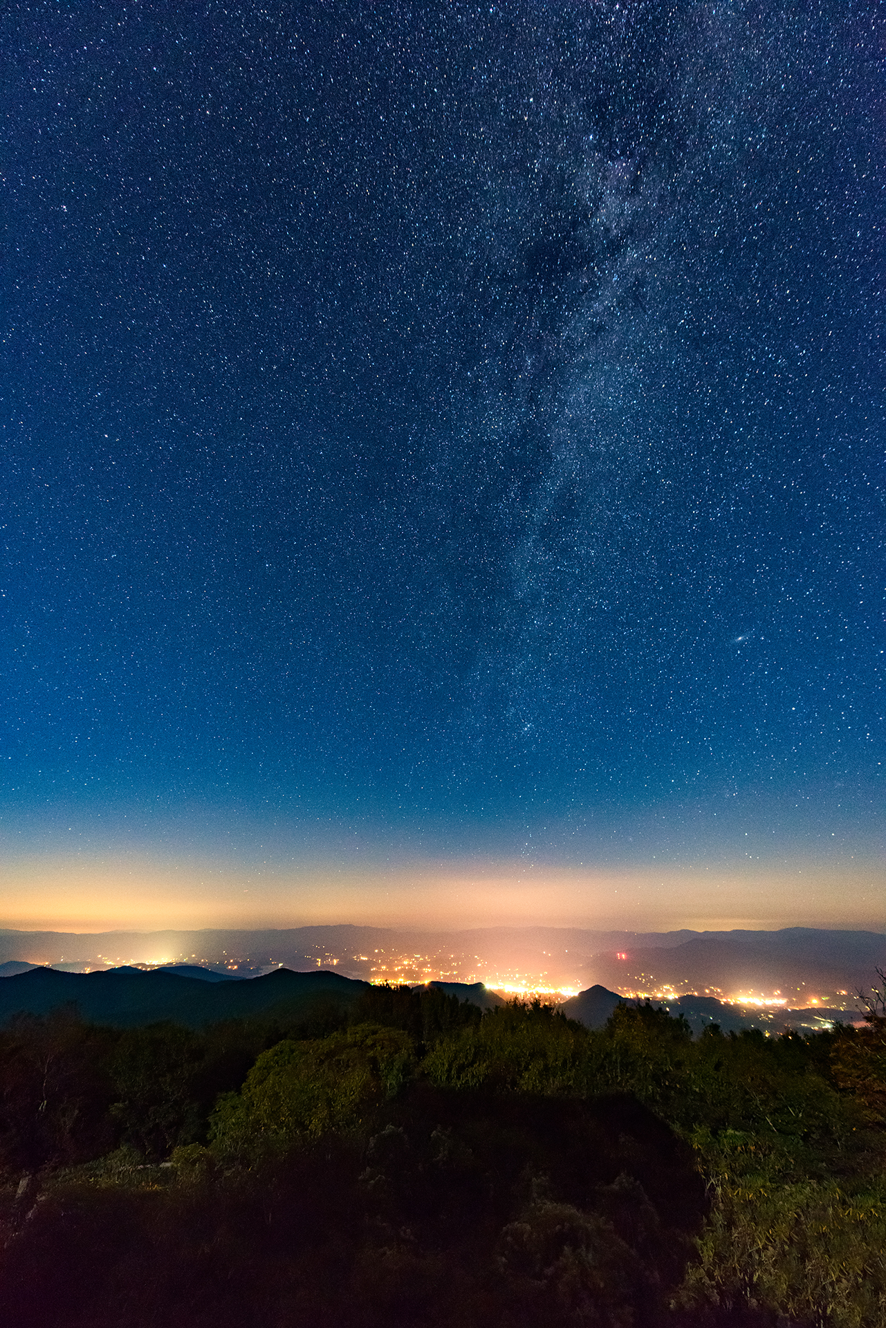 Brasstown Bald City Lights & The Stars
